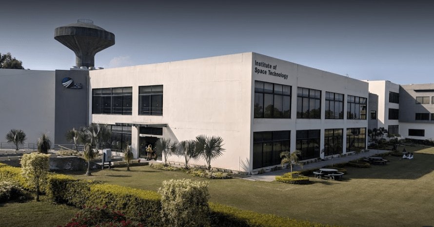 Best institute of space technology in Pakistan